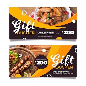 Plantilla de vale de regalo con comida de pollo