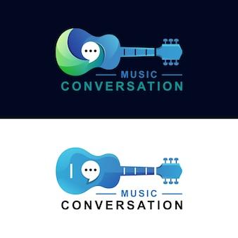 Plantilla de vector de versión de dos guitarra guitarra conversación degradado logo