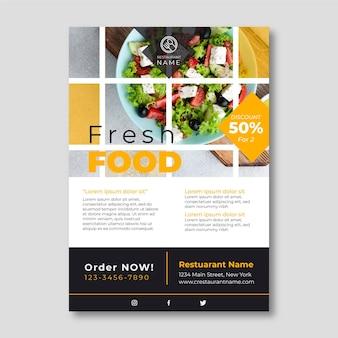 Plantilla de volante de comida fresca con foto