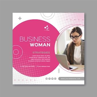 Plantilla de volante cuadrado de mujer de negocios