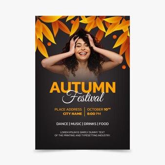 Plantilla de volante de otoño vertical degradado con foto