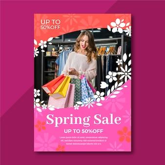 Plantilla de volante de venta de primavera con foto