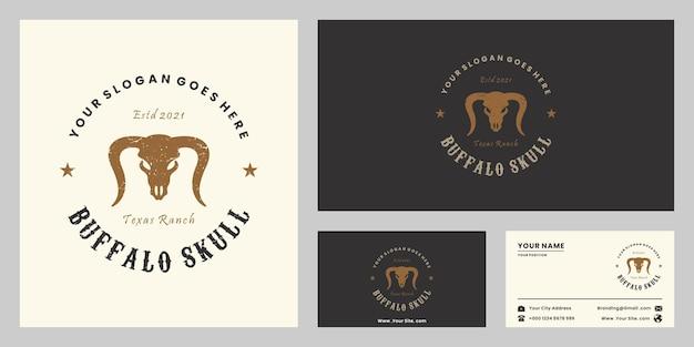 Plantillas de diseño de logo retro de cráneo de búfalo