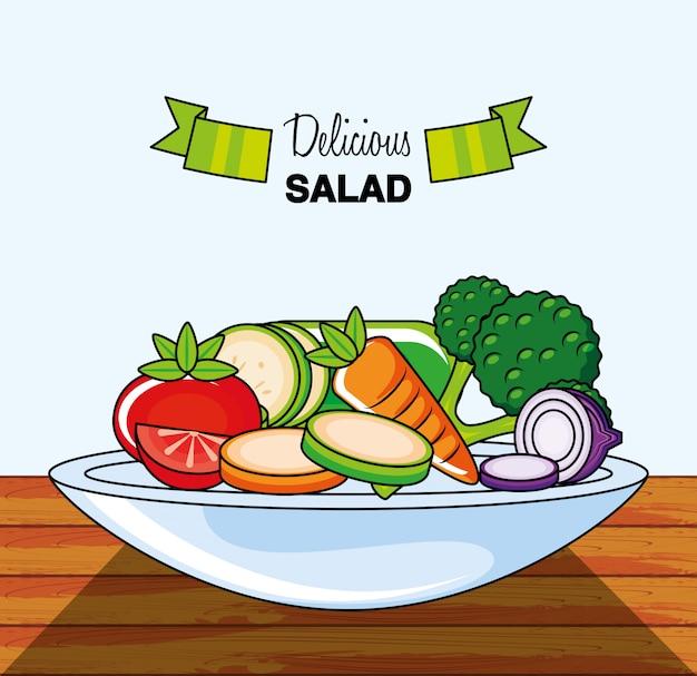 Plato con deliciosa ensalada
