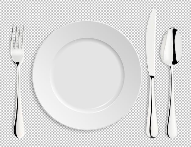 Plato vacío realista con cuchara, cuchillo y tenedor aislado.