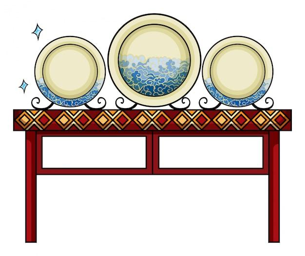 Platos en la tienda de china