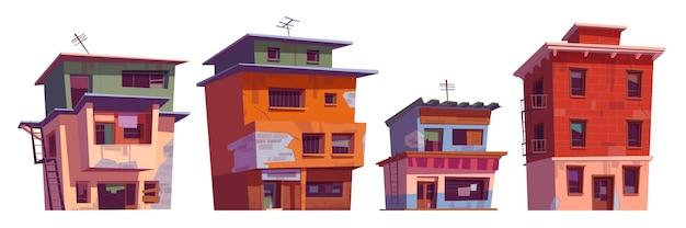 Pobres casas sucias en la zona del gueto.