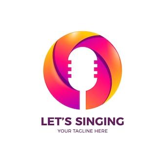Podcast de micrófono en plantilla de logotipo de color degradado