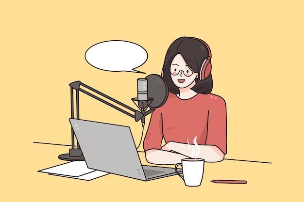 Podcaster haciendo concepto de tecnología de blogger