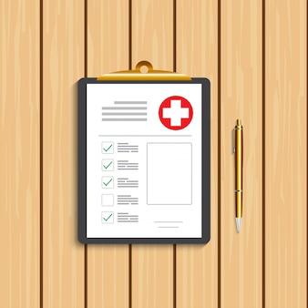 Portapapeles con cruz médica y bolígrafo dorado. registro clínico, prescripción, reclamo, informe de marcas de verificación médica, conceptos de seguro de salud. calidad premium.