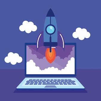 Portátil con iconos de marketing en redes sociales