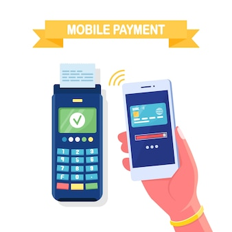 Pos terminal confirma el pago por teléfono inteligente
