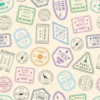 Post patrón y sellos de inmigración de diferentes países.