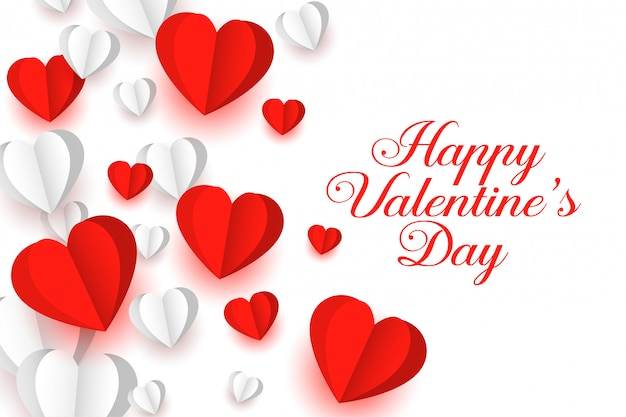 Preciosa tarjeta de felicitación de corazones de papel rojo y blanco