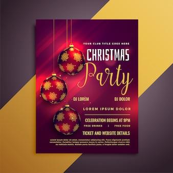 Precioso flyer de fiesta navideña con bolas y hermosos brillos.