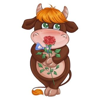 Precioso niño gobio avergonzado sosteniendo una rosa roja.