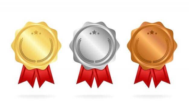 Premio medallas conjunto aislado en blanco con cintas y estrellas.