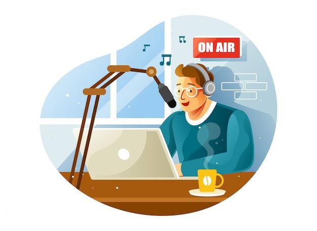 Presentador de radio en estudio hablando en el micrófono