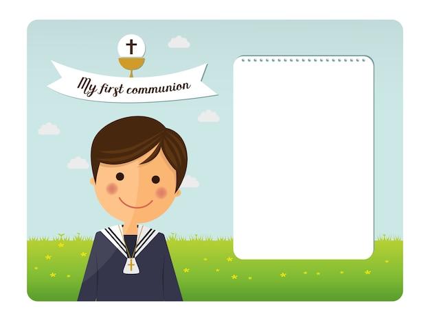 Primera invitación de primer plano de niño de comunión