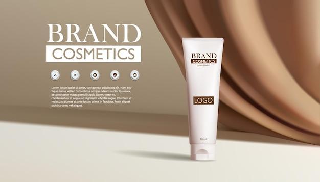 Producto cosmético sobre fondo doblado de tela de seda marrón