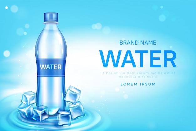 Promo de botella de agua mineral con cubitos de hielo