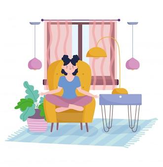 Quédese en casa, niña practicando yoga en una silla en la habitación con lámparas de plantas y ventanas, autoaislamiento, actividades en cuarentena por coronavirus