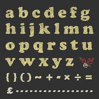 Rasguño de letras símbolo matemático y patrón de rosa en la pizarra.