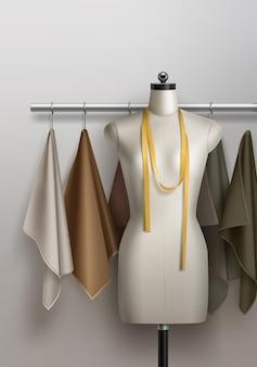 Realista de maniquí para taller de costura. espacio de trabajo con telas, cinta métrica, maniquí.