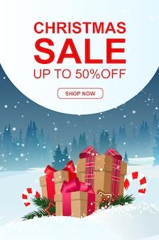 Rebajas navideñas, hasta 50% de descuento, banner con regalos. bosque de invierno.