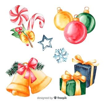 Regalos navideños y decoración en acuarela.