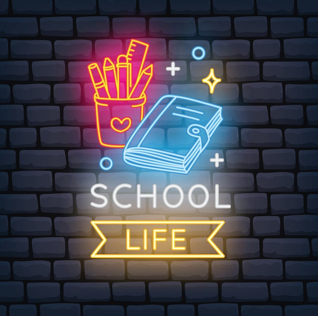 Regreso a la escuela con signo de neón