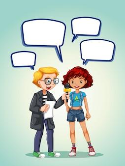 Reportero entrevista niña adolescente