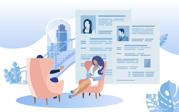 Resumen de la revisión del centro de coworking de una mujer entrevistadora.