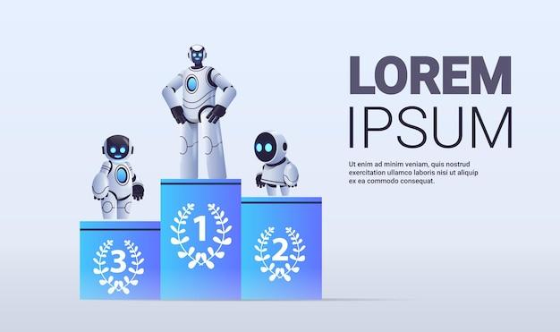 Robots de pie en el pedestal ganador de la competencia primer lugar inteligencia artificial