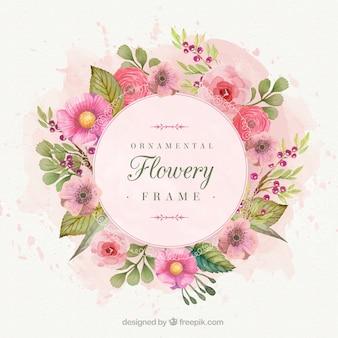 Romántico marco floral pintado con acuarelas