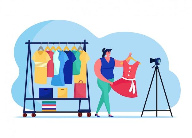 Ropa de moda blogging en línea streaming, personaje femenino vogue host de difusión por internet aislado en blanco, ilustración plana.
