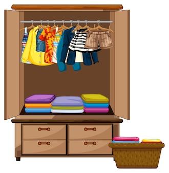 Ropa tendida en el armario con cesto de ropa sobre fondo blanco.