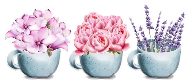 Rosa, lavanda y lilly flores en taza de cerámica