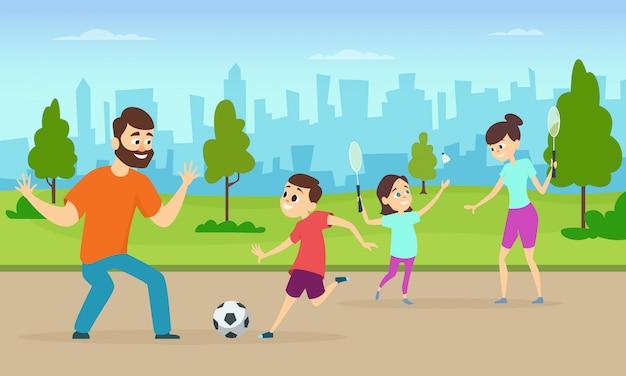 S de padres activos jugando juegos deportivos en parque urbano