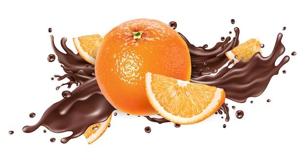 Salpicaduras de chocolate líquido y naranjas frescas.