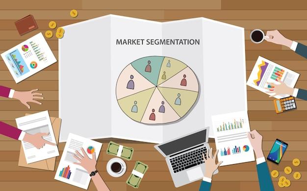 Segmentación de marketing de mercado con grupo de personas en segmento.