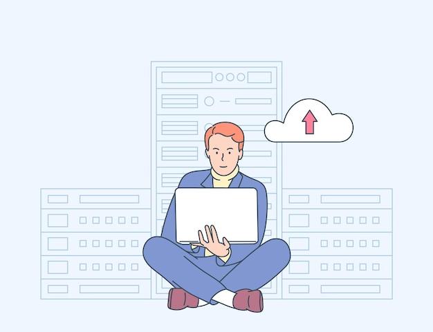 Seguridad en línea, protección de datos, software antivirus, concepto de alojamiento en la nube. administrador de ti joven que trabaja en la sala de servidores para diagnóstico de hardware.