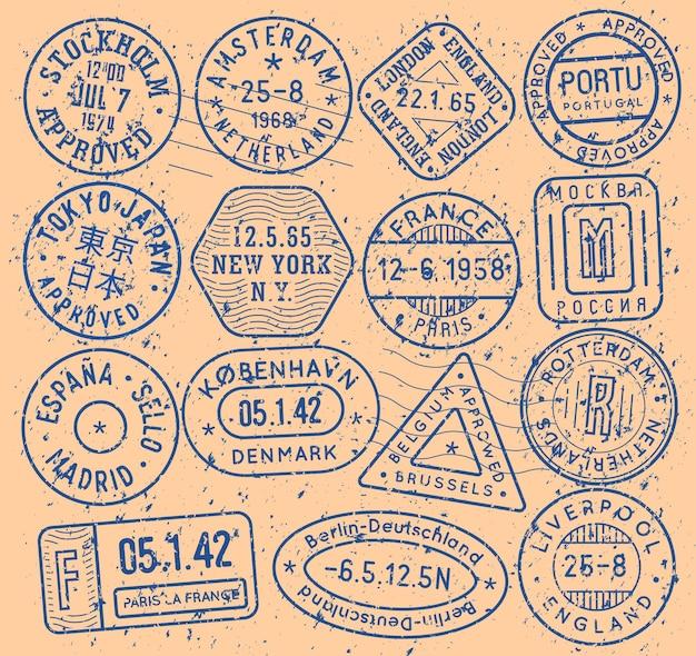 Sellos de tinta con el nombre de la ciudad para la portada del pasaporte y el patrón turístico, conjunto de iconos vectoriales