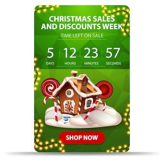 Semana de descuentos y ventas navideñas, banner de descuento verde con cuenta regresiva, guirnalda, botón y casa de pan de jengibre navideño