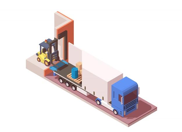 Semi camión y carretillas elevadoras de carga de palets.
