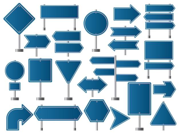 Señales de transito. indicadores de carretera y dirección de tableros vacíos para la recolección de tráfico.