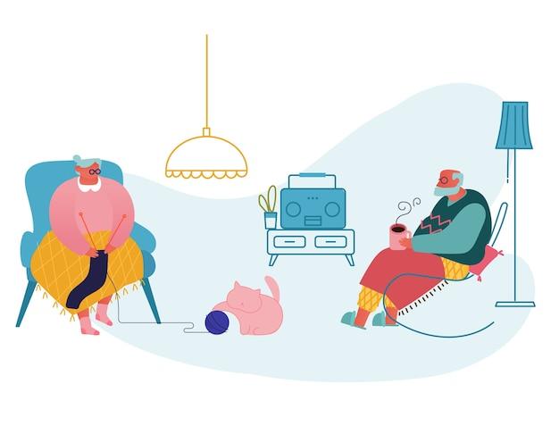 Senior pareja relajarse sentado en la sala de estar. mujer tejiendo ropa, hombre bebiendo té y escucha la radio.