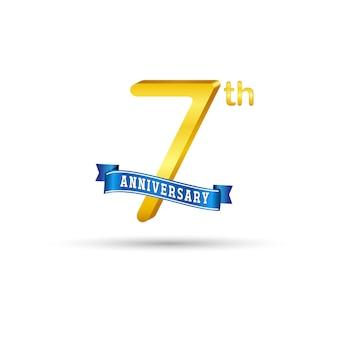 Séptimo logotipo de aniversario de oro con cinta azul aislado sobre fondo blanco. logotipo de oro del séptimo aniversario 3d
