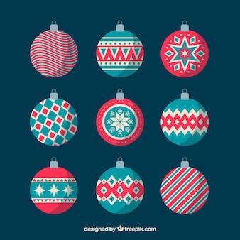 Set de bonitas bolas navideñas en diseño plano