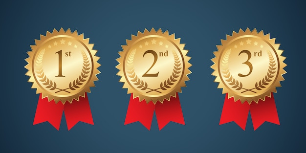 Un set de medalla ganadora con cinta roja.